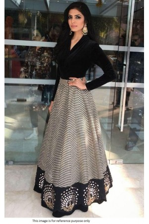Bollywood Model Black banglori silk lehenga