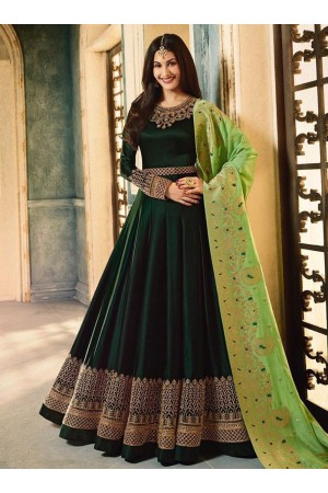 Amyra Dastur Bottle green color georgette wedding wear Anarkali
