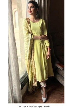Bollywood model fresh green crepe silk kurta pant set