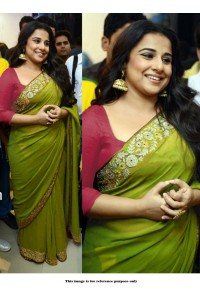 Bollywood style Vidhya Balan green georgette saree