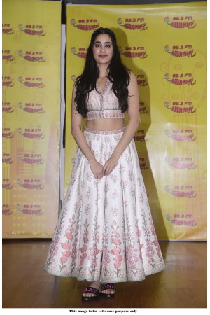 Bollywood Janhvi Kapoor tafetta silk lehenga
