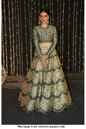 Bollywood Aditi Rao Hydari silk lehenga at Priyanka Reception