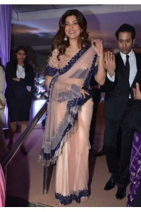 Susmita sen light peach color net bollywood saree