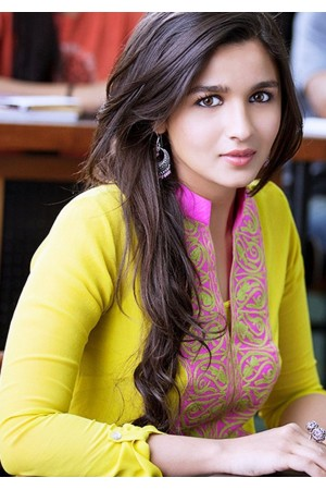 Alia bhatt 2 states movie yellow anarkali