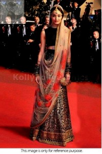 Kanishtha Dhankhar Red carpet Bridal lehenga