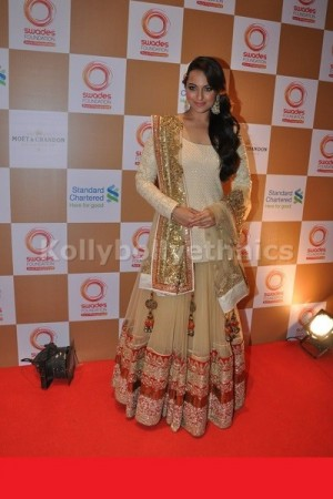 Sonakshi sinha beige and  gold lehenga at swades foundation