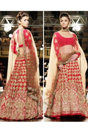 Alia Bhatt red bridal lehenga