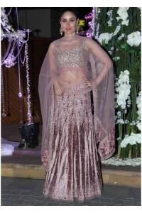 Kareena kapoor onion pink color lehenga choli