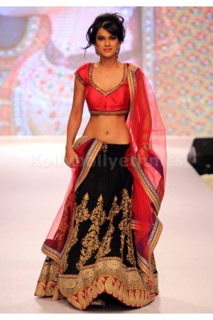 Nia sharma black and pink lehenga