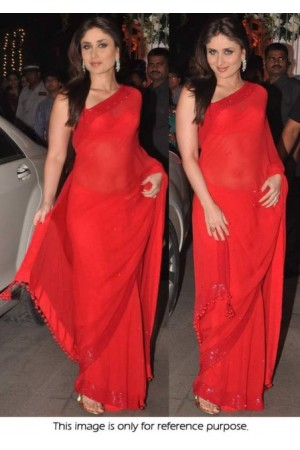 Kareena Kapoor Hot Red saree