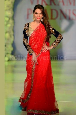 Malaika arora khan red and black saree