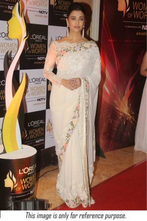 Bollywood style Aishwarya rai white colour georgette saree