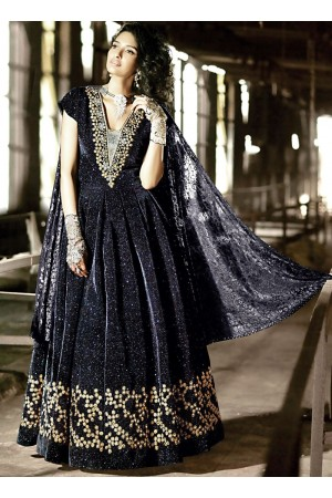 Fascinator Black Velvet Anarkali Suit