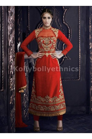 Shraddha Kapoor red and gold straight cut salwar