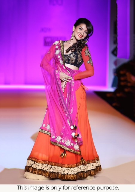 Bollywood Style Gauhar khan WIFW Georgette lehenga in orange pink color