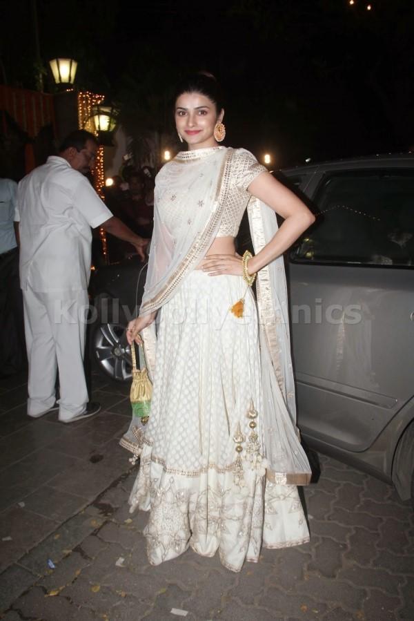 Bollywood Style Prachi desai Georgette lehenga in white color
