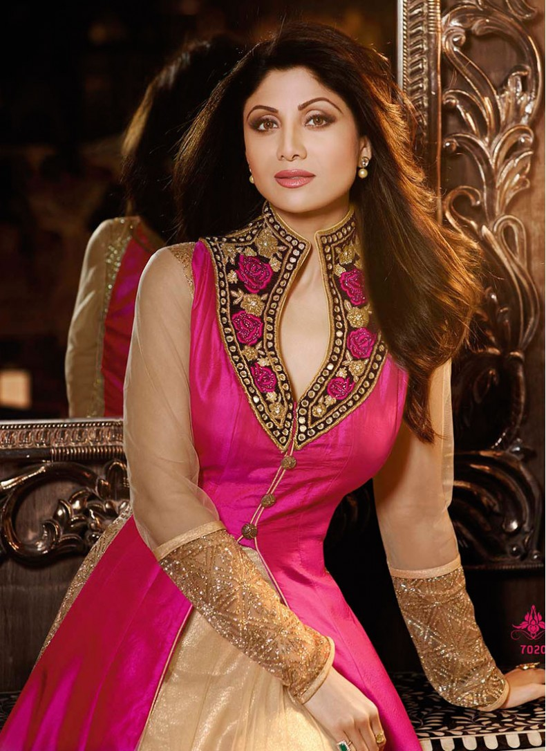 Shilpa Shetty Beige Silk Desinger Anarkali Suit