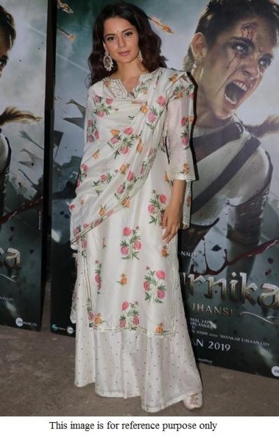 Bollywood Kangana Ranautt white floral kurta set