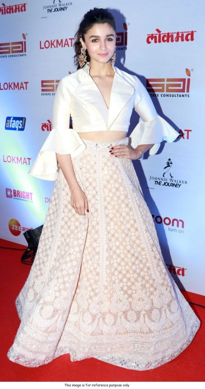 Bollywood Alia Bhat Inspited white lehenga