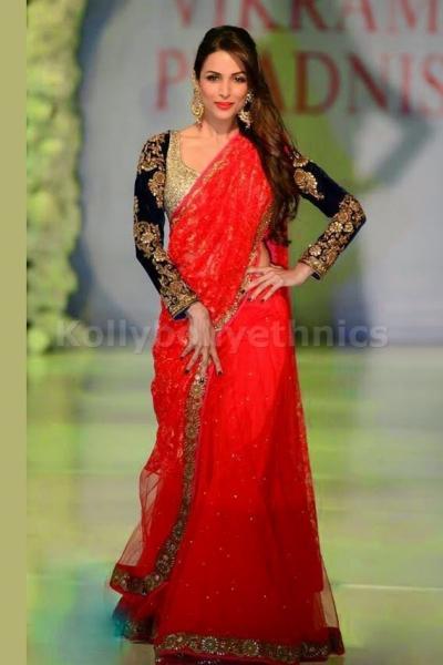 Malaika arora khan red and black saree