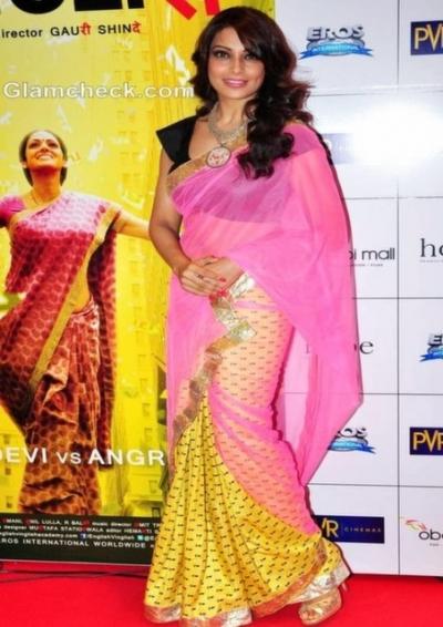 Bipasha Basu English Vinglish Premiere saree
