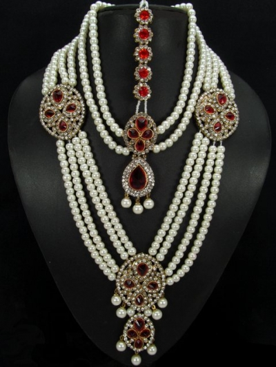 Stone Studed Bridal Set 79157