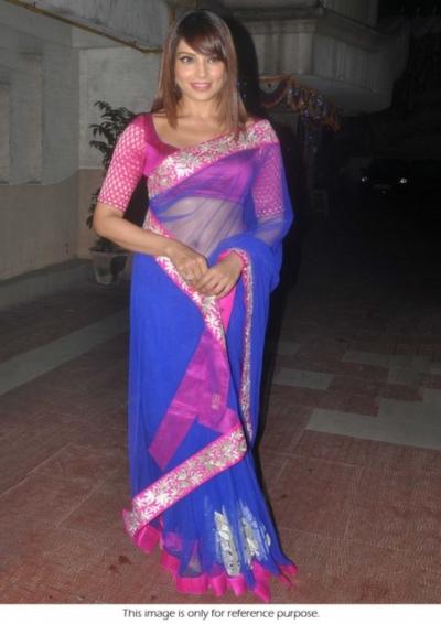 Bipasha Basu pink and blue diwali party saree