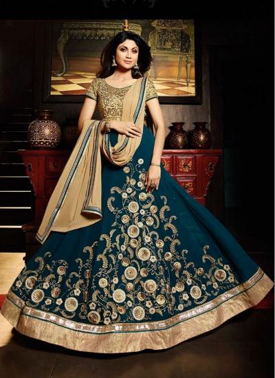 Shilpa Shetty Chic Green Anarkali Suit