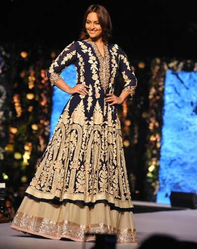 Bollywood style Sonakshi sinha Royal blue georgette lehenga style suit