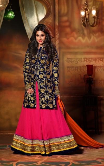 Chitrangada singh blue & pink color lehenga