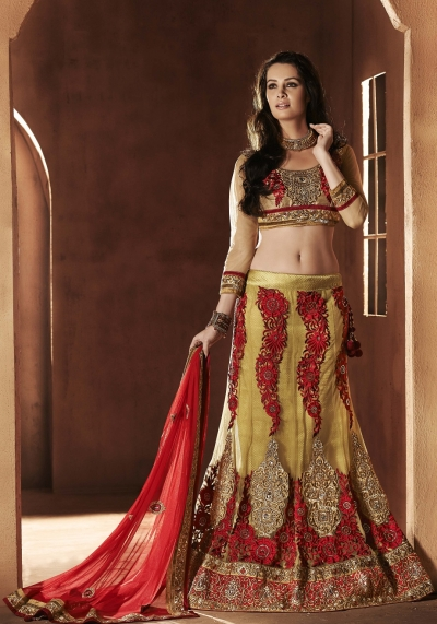 Splendorous Mehendi Green Lehenga Choli