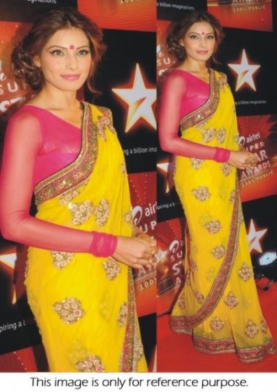 Bipasha Basu yellow saree at airtel superstar awards