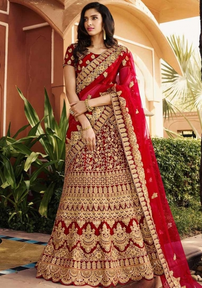 Red color wedding lehenga choli 13069