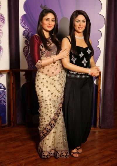 Kareena Kapoor  Wax  museum visit Saree