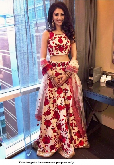 Bollywood Model Cream Zarna silk digital print designer lehenga