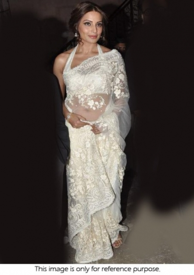 Bipasha Basu Nach Balie Promo Off White Net Saree