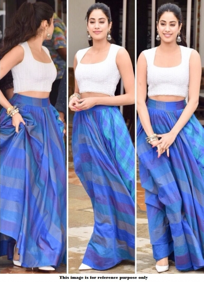 Bollywood Janhvi Kapoor Dhadak movie promotion lehenga