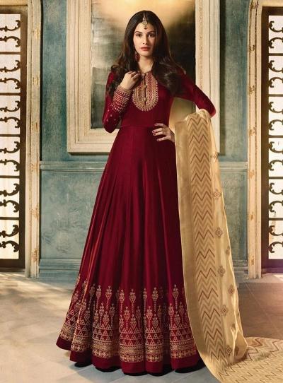 Amyra Dastur Maroon color georgette wedding wear Anarkali